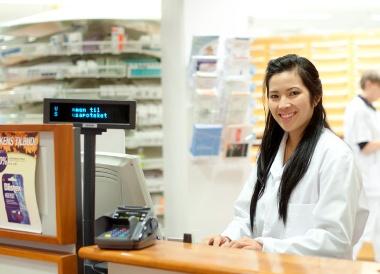 Farmasi-bachelor-Studiekatalog-380px-