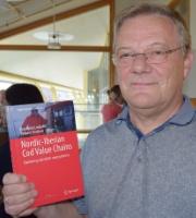 Torbjørn Trondsen og bokutgivelse 2015.jpg