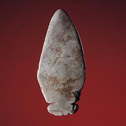 <br />Lekre linjer og funksjonell design preget v&aring;pen og redskaper allerede i steinalderen.