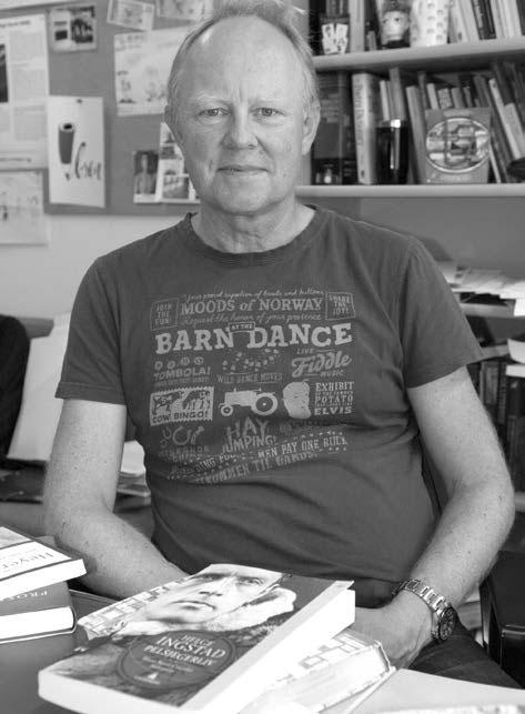 Henning Howlid Wærp er opptatt av hvordan naturen er synlig i litteraturen eller ikke. Foto: Karine Nigar Aarskog