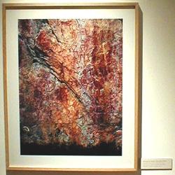 Ei lekker lita utstilling med vakre foto av bergkunst fra Nordkalotten.