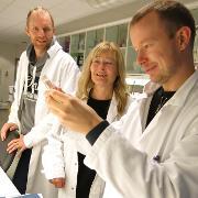 Forskere på lab.jpg