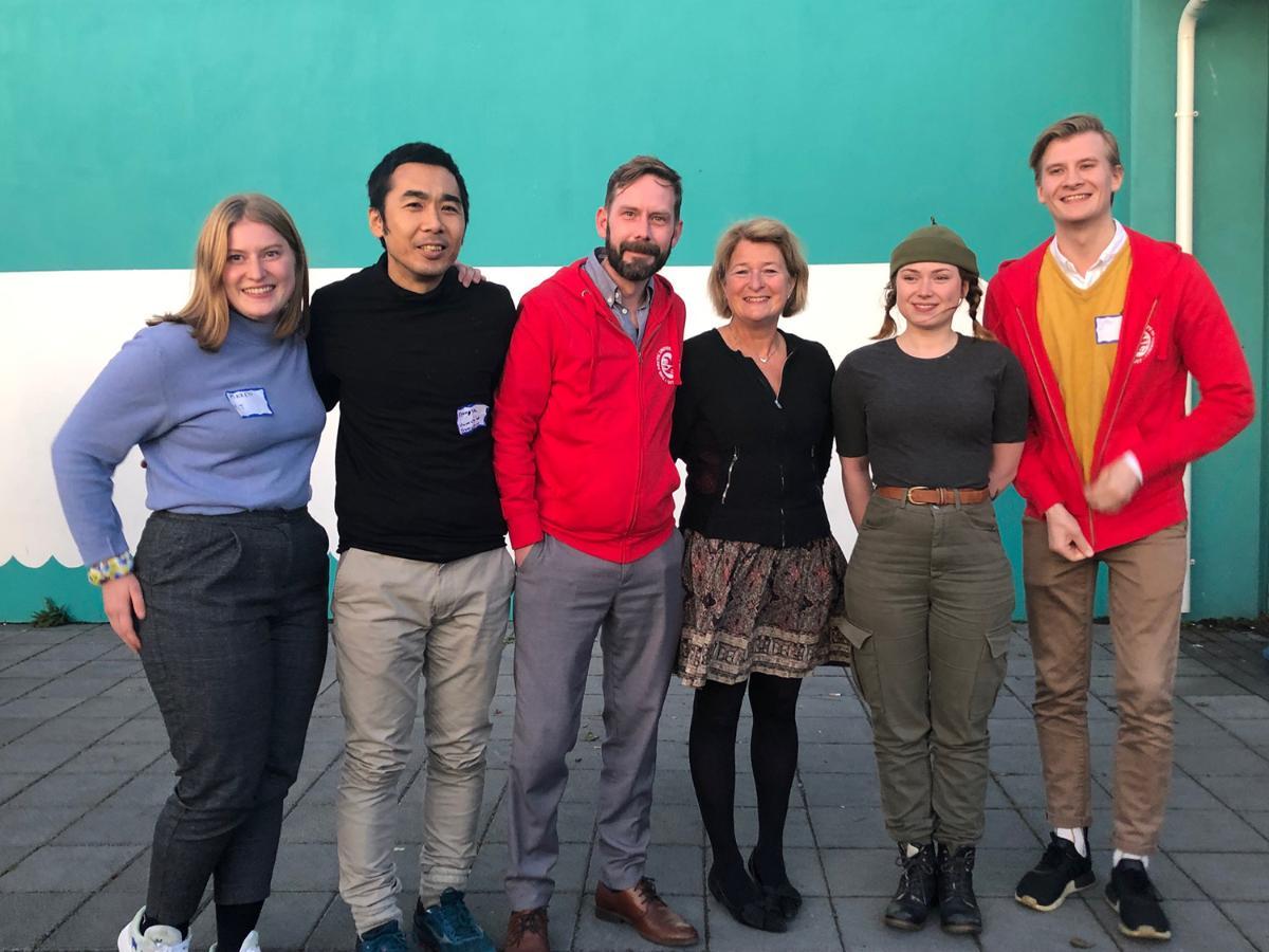 Studentene som deltok på Arctic Circle i 2019, sammen med rektor ved UiT, Anne Husebekk.
