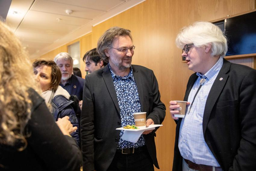 Edvard Hviding from the University of Bergen (to the left) and Rasmus Gjedssø Bertelsen from the Arctic University of Norway at a science diplomacy workshop in Bergen in February 2020.