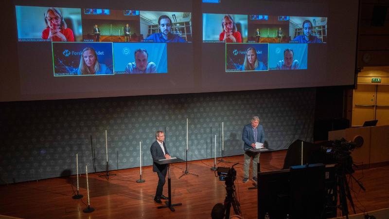 Kenneth Ruud og Skjalg Fjellheim under webinaret Norge 2030, 16. juni 2021. Foto: Jonatan Ottesen/UiT