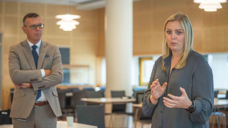 Dag Rune Olsen og Tina Bru. Foto: David Jensen/UiT